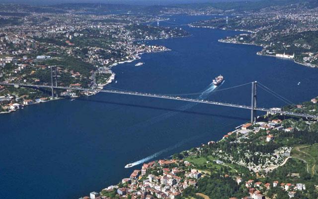 Пролив Босфор в Стамбуле, фото